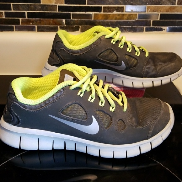 Nike Free 5.0 h20 repel youth boys shoes size 6.5Y